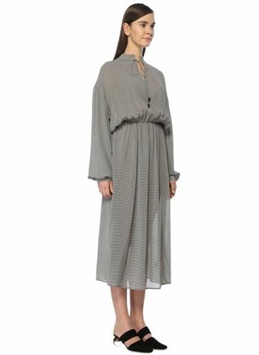 Beli Lastikli Kareli Midi Elbise-Nanushka